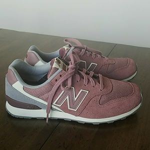 Mauve pink new balance shoe